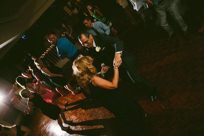 west-lake-ohio-wedding-photography_melissa-matthew-118.jpg