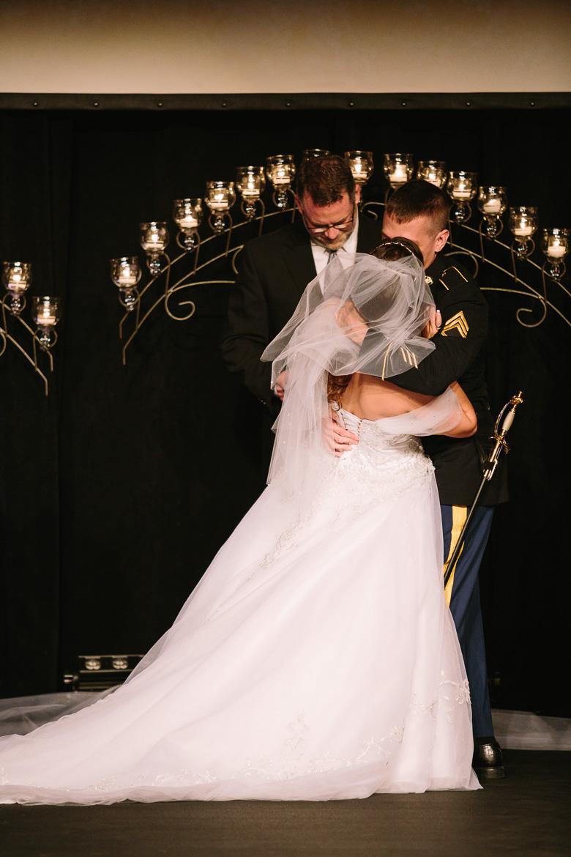 kent-stow-ohio-wedding-photography_lizz-matt-89.jpg