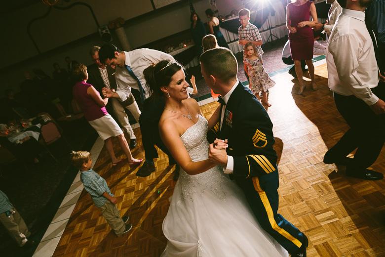 kent-stow-ohio-wedding-photography_lizz-matt-150.jpg