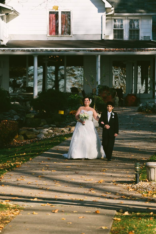 chippewa-lake-ohio-wedding-photography_kristin-bob-60.jpg