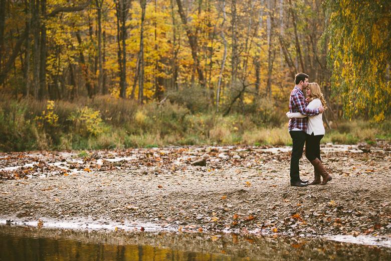 brecksville-ohio-engagement-photography_kristina-tyler-15.jpg