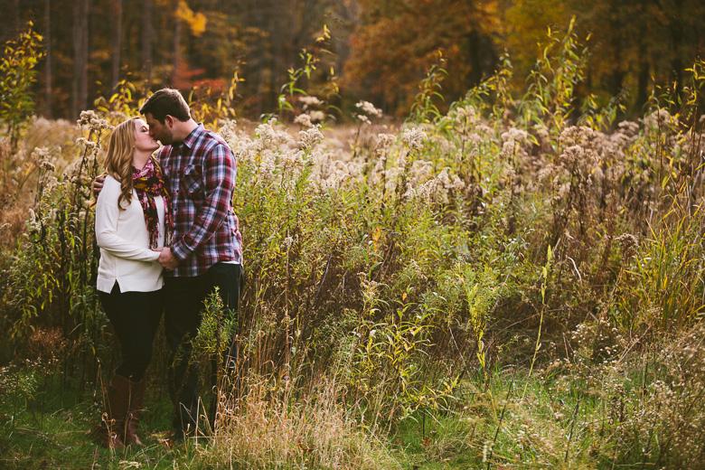 brecksville-ohio-engagement-photography_kristina-tyler-25.jpg