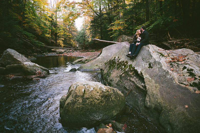 brecksville-ohio-engagement-photography_kristina-tyler-39.jpg