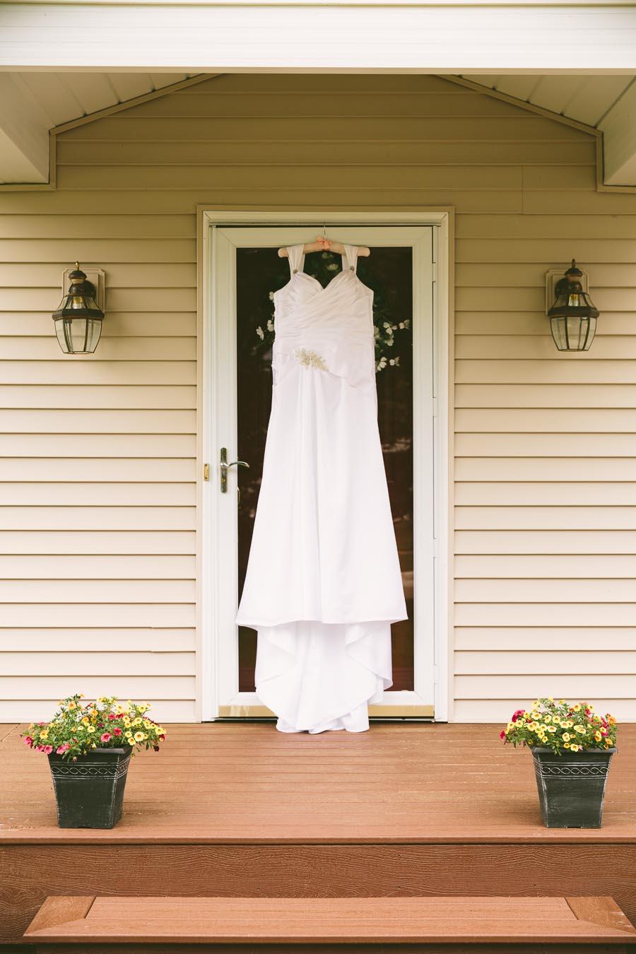 medina-ohio-wedding-photography-megan-brian-15.jpg