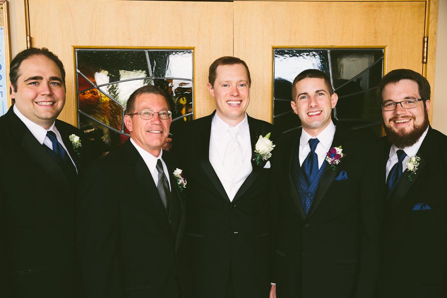 medina-ohio-wedding-photography-megan-brian-21.jpg