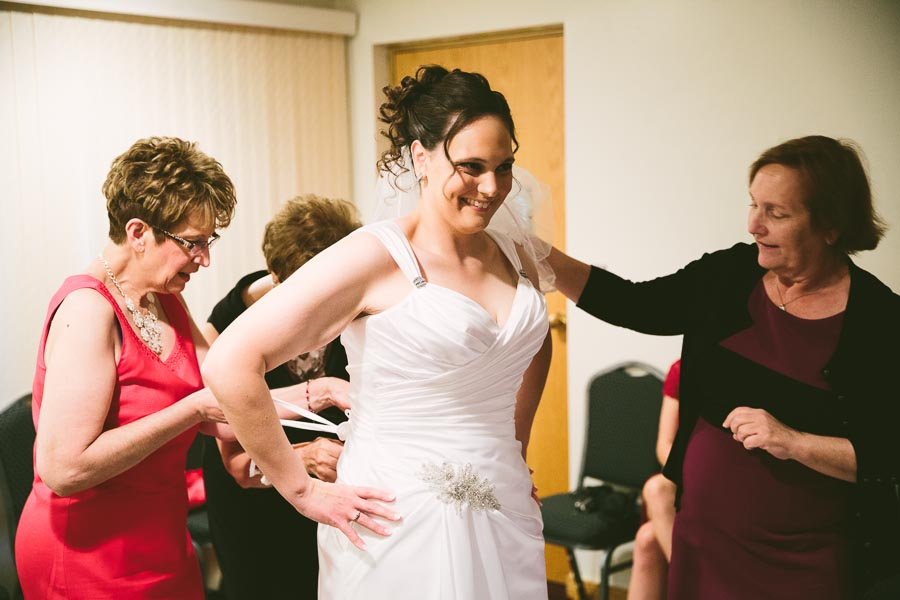 medina-ohio-wedding-photography-megan-brian-26.jpg
