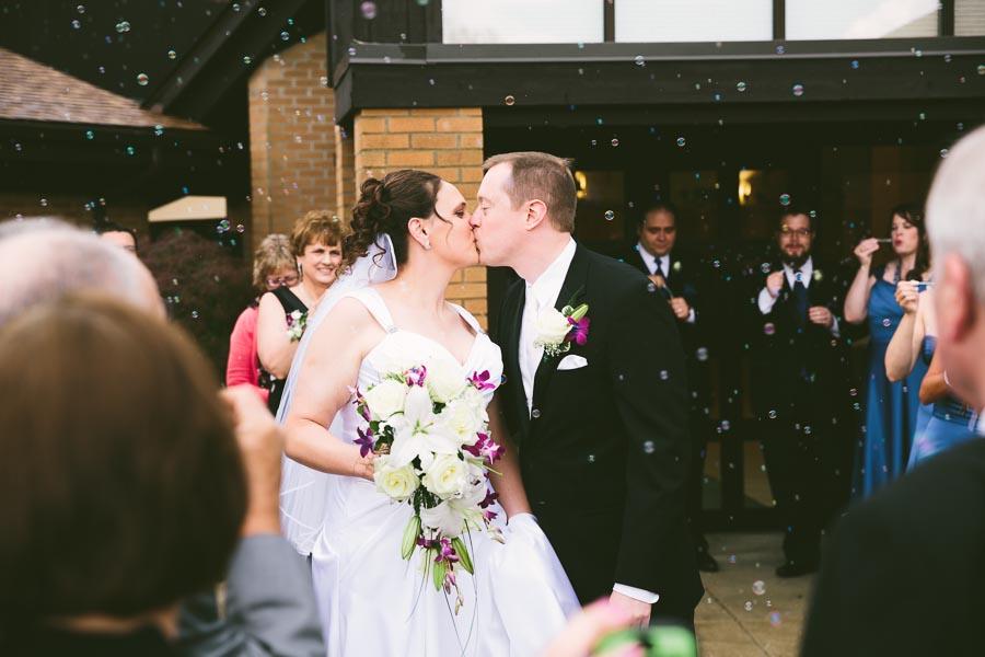 medina-ohio-wedding-photography-megan-brian-59.jpg