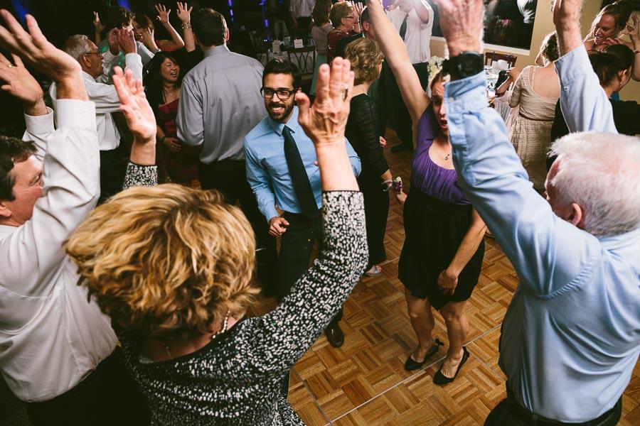 medina-ohio-wedding-photography-megan-brian-120.jpg
