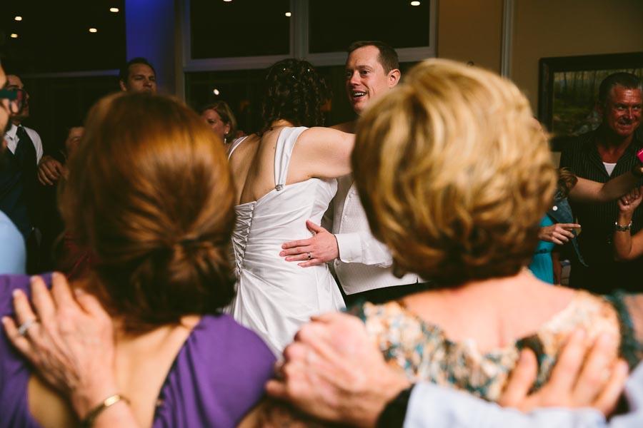 medina-ohio-wedding-photography-megan-brian-126.jpg