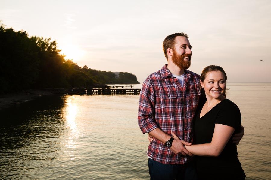 cleveland-oh-engagement-photgraphy-edgewater-park-lake-erie-kim-mike-24.jpg