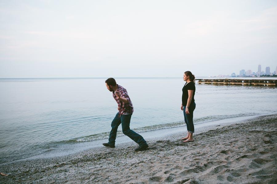 cleveland-oh-engagement-photgraphy-edgewater-park-lake-erie-kim-mike-37.jpg