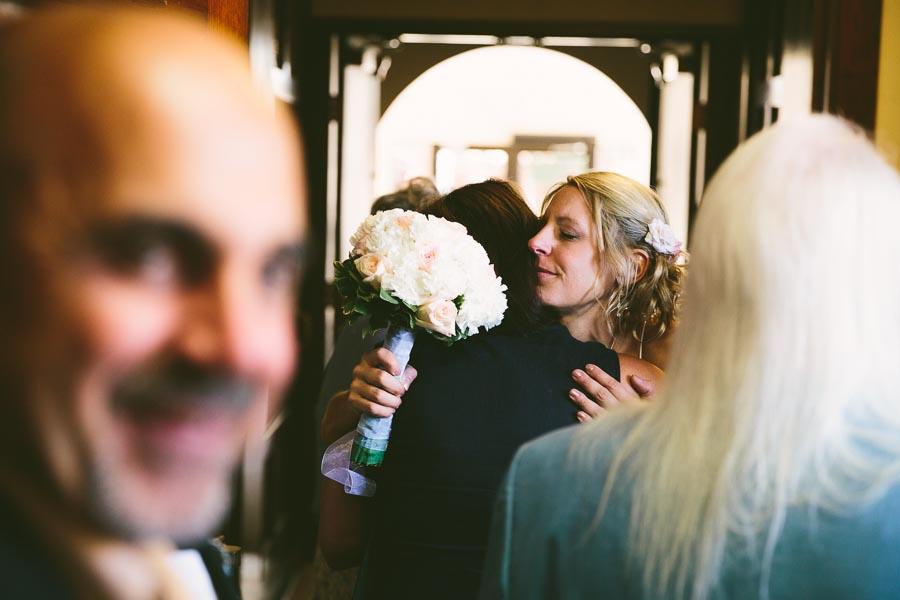 cleveland-ohio-wedding-photography-holiday-inn-rockside-independence-10.jpg