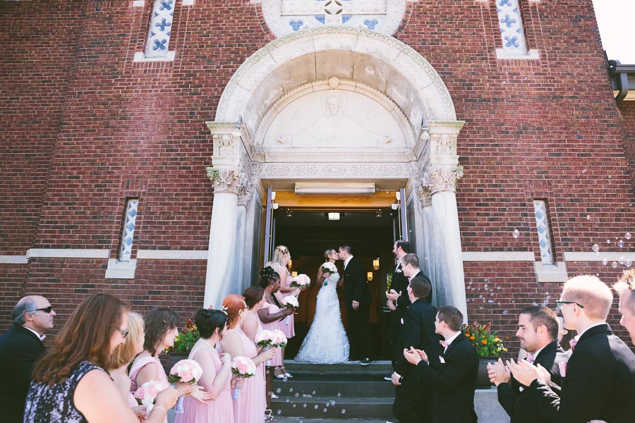 cleveland-ohio-wedding-photography-holiday-inn-rockside-independence-13.jpg