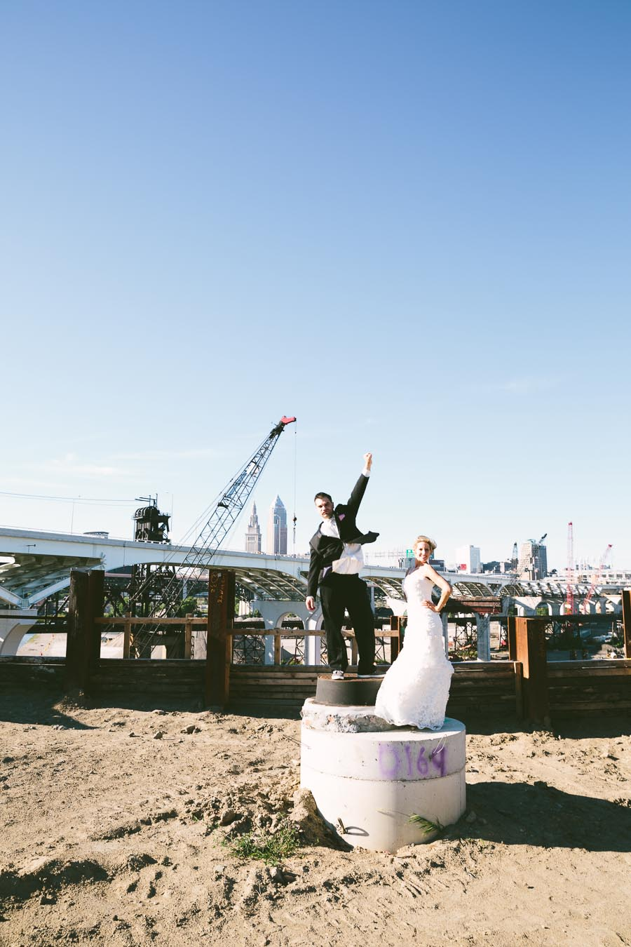 cleveland-ohio-wedding-photography-holiday-inn-rockside-independence-23.jpg