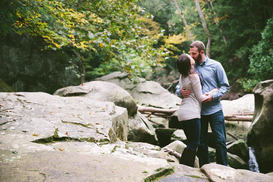 engagement-photography-breckville-ohio-10.jpg