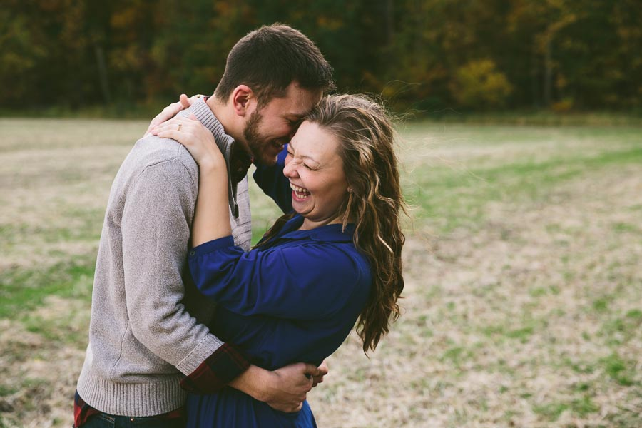 medina-ohio-engagement-photography-farm-11.jpg