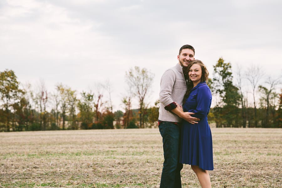 medina-ohio-engagement-photography-farm-14.jpg