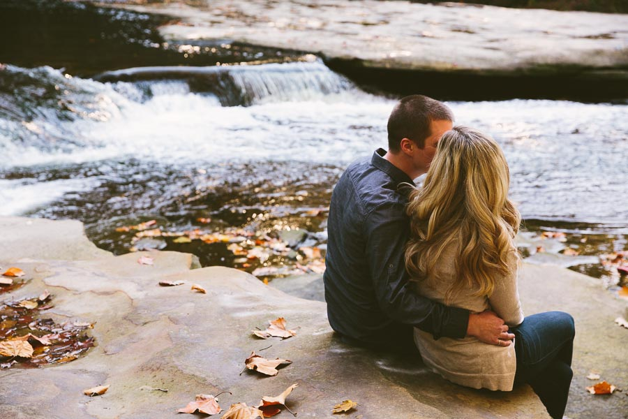 garfield-ohio-engagement-photography-bedford-reservation-2.jpg
