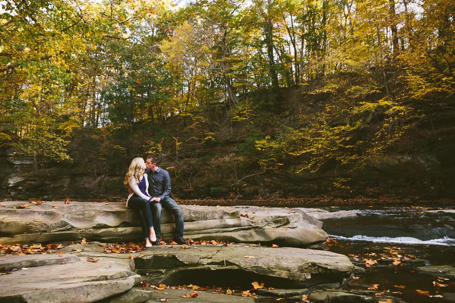 garfield-ohio-engagement-photography-bedford-reservation-4.jpg