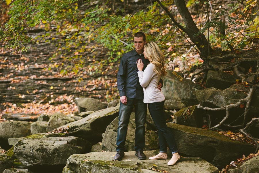 garfield-ohio-engagement-photography-bedford-reservation-25.jpg
