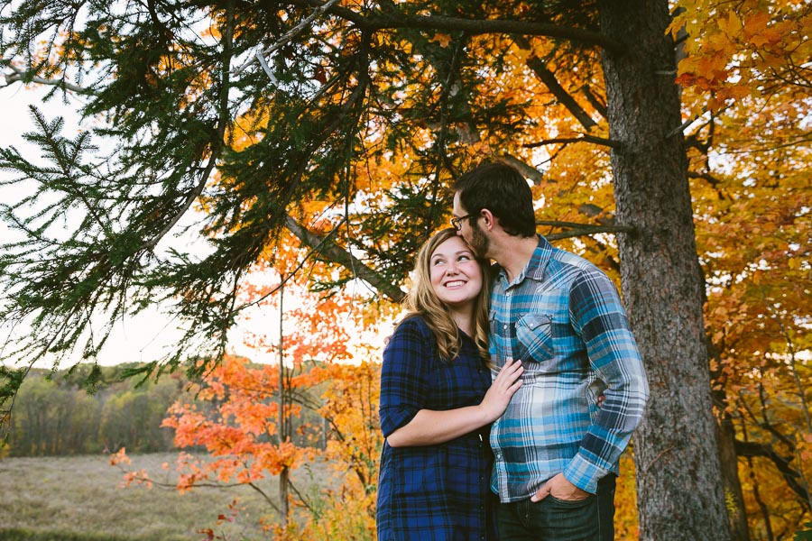 valley-city-ohio-engagement-photography-26.jpg