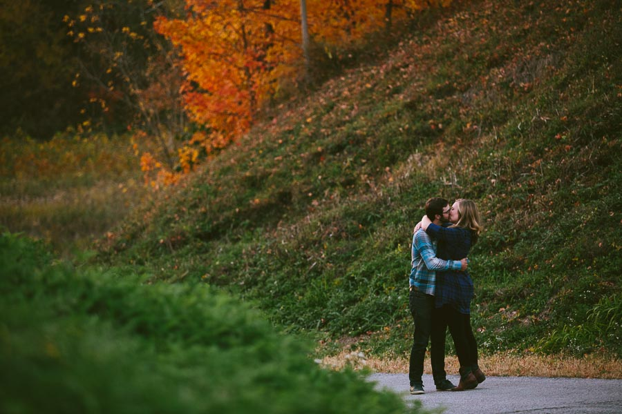 valley-city-ohio-engagement-photography-29.jpg