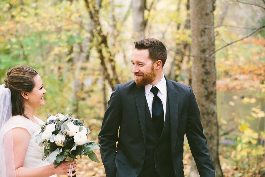 landolls-mohican-castle-wedding-photography-20.jpg