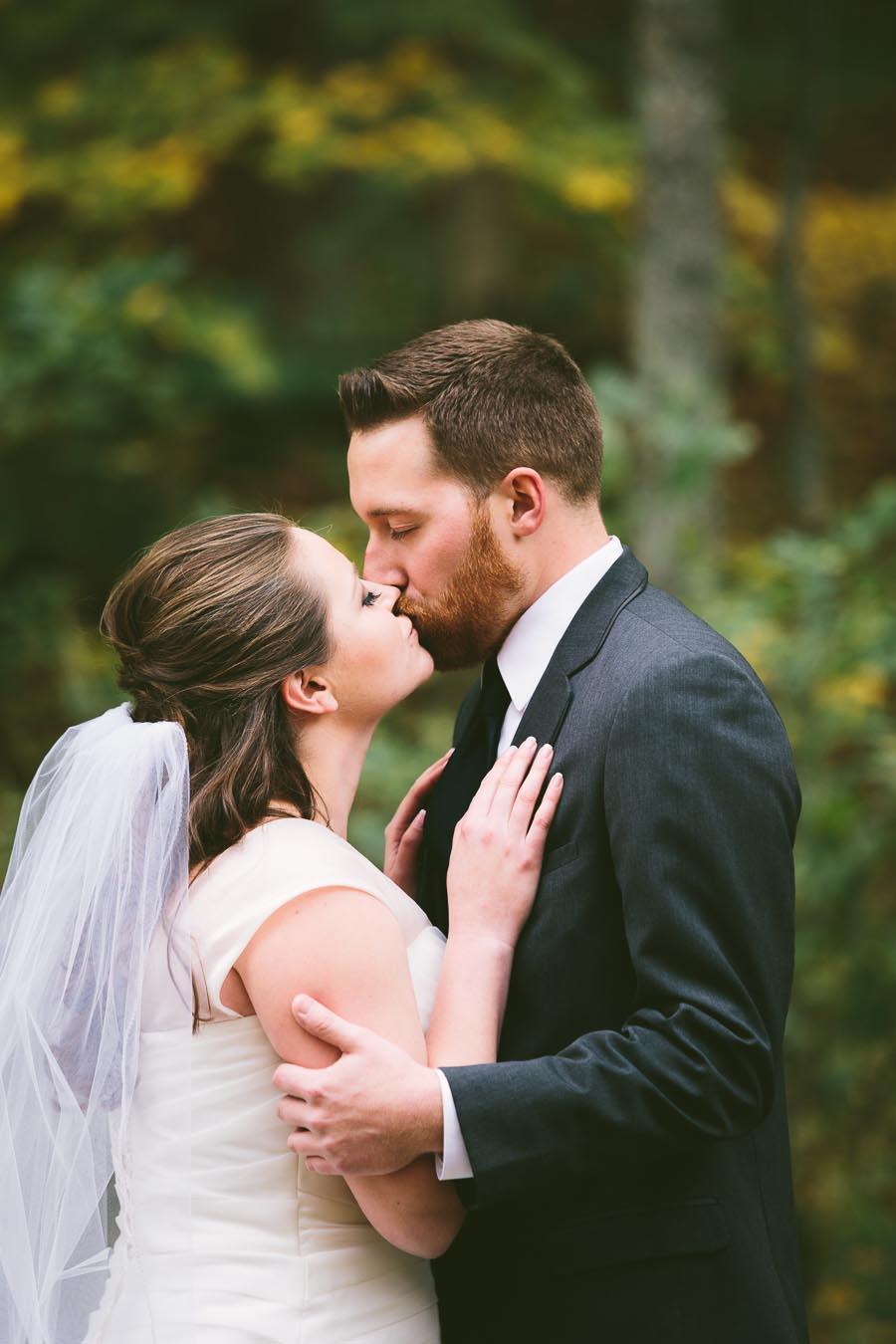 landolls-mohican-castle-wedding-photography-26.jpg