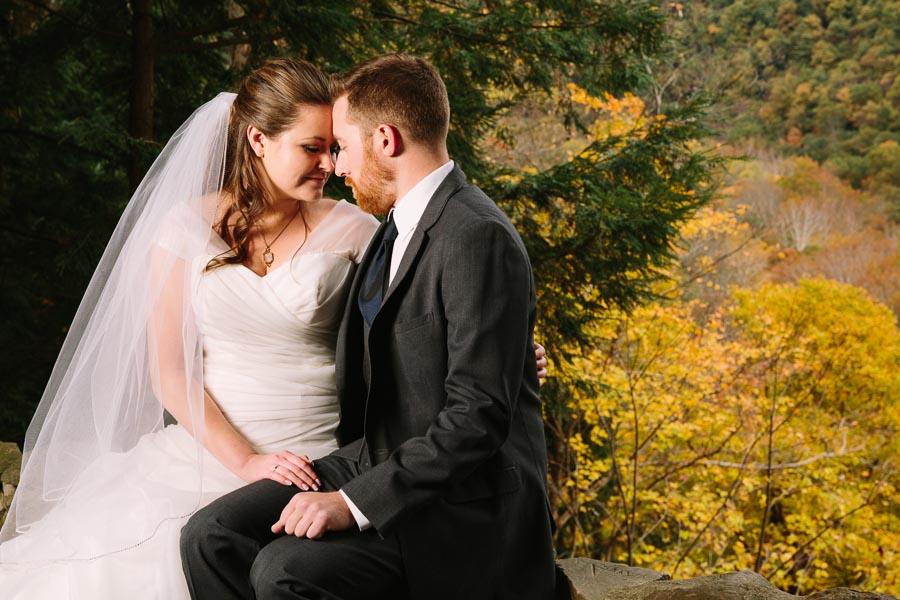 landolls-mohican-castle-wedding-photography-34.jpg