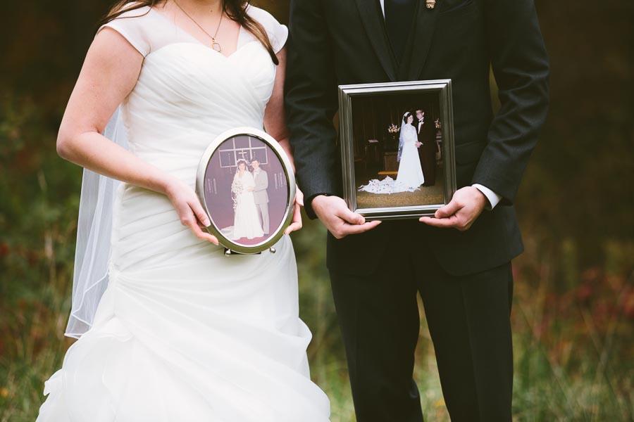 landolls-mohican-castle-wedding-photography-42.jpg
