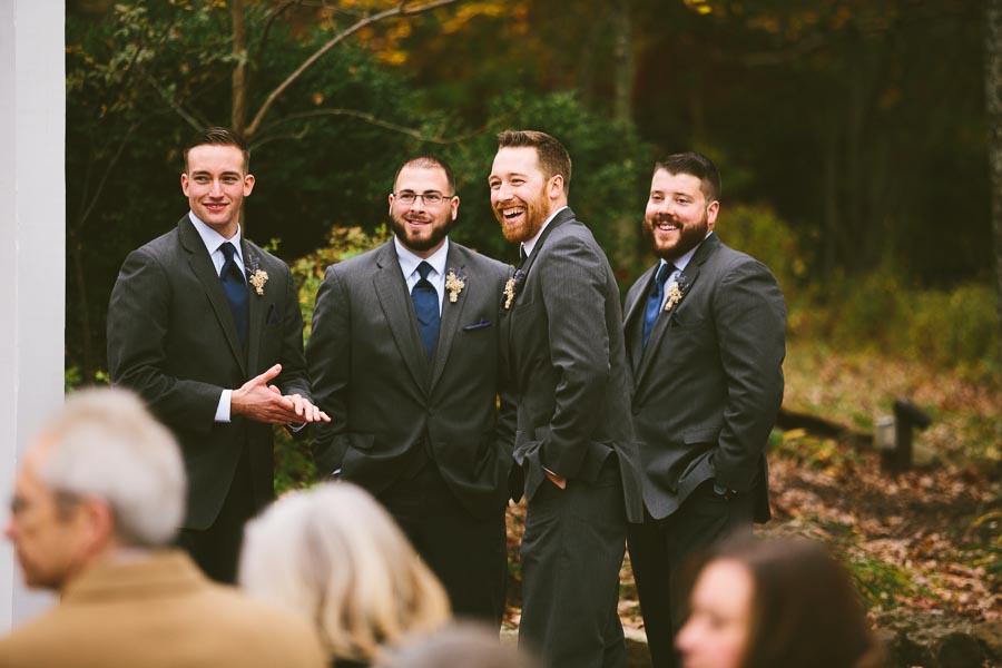 landolls-mohican-castle-wedding-photography-44.jpg