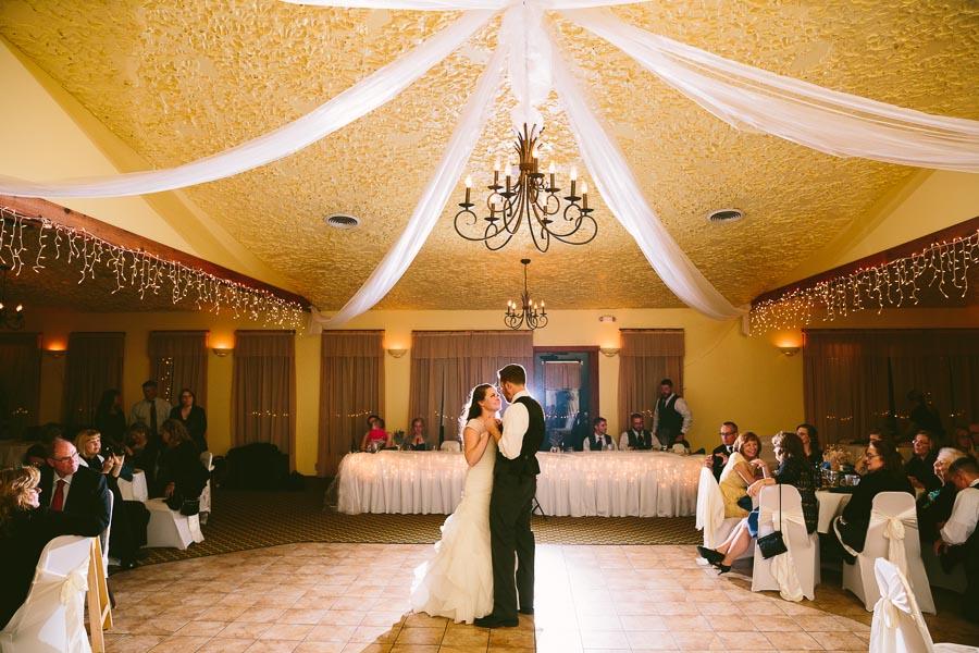 landolls-mohican-castle-wedding-photography-55.jpg