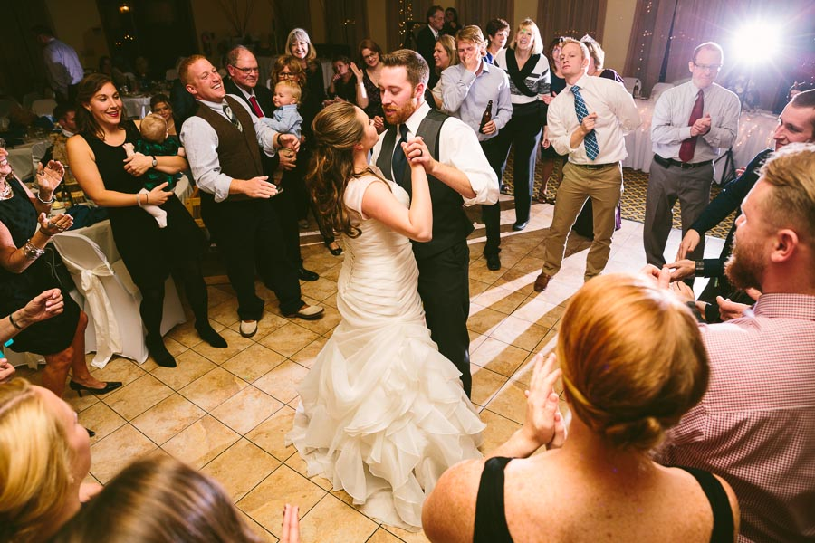 landolls-mohican-castle-wedding-photography-57.jpg