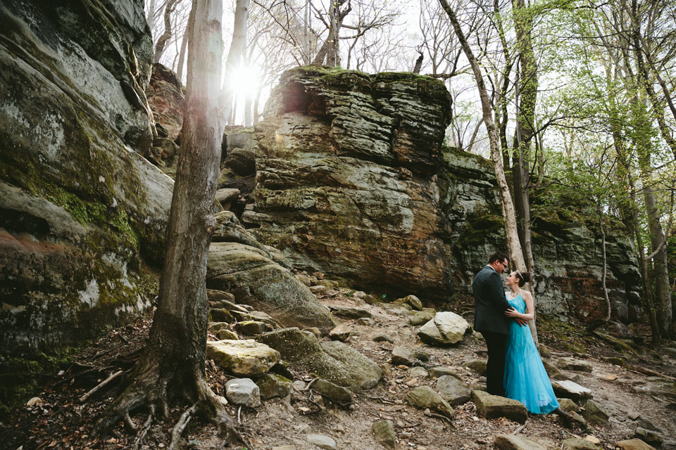 hinckley-ohio-engagement-photographer-mercedes-kevin-1.jpg