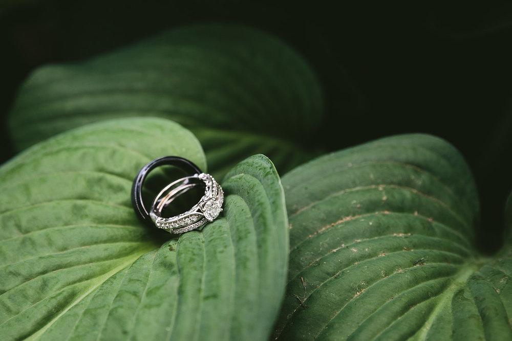 loudonville-ohio-wedding-photographers-landolls-mochican-castle_17.jpg