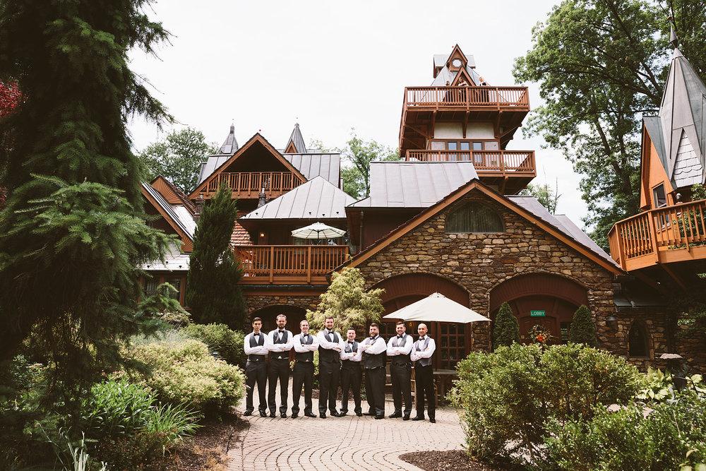 loudonville-ohio-wedding-photographers-landolls-mochican-castle_36.jpg