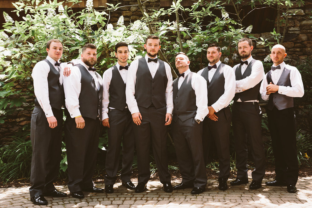 loudonville-ohio-wedding-photographers-landolls-mochican-castle_38.jpg