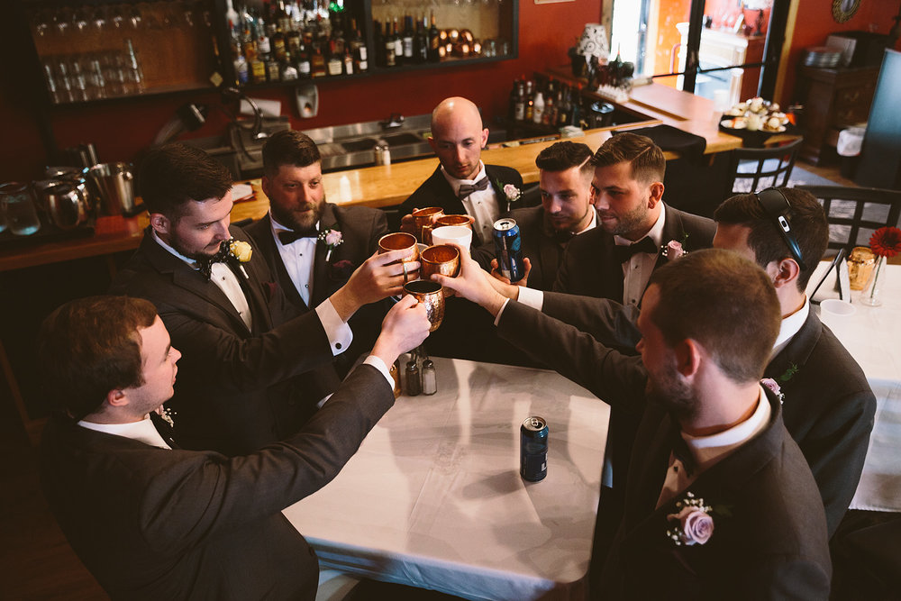 loudonville-ohio-wedding-photographers-landolls-mochican-castle_48.jpg