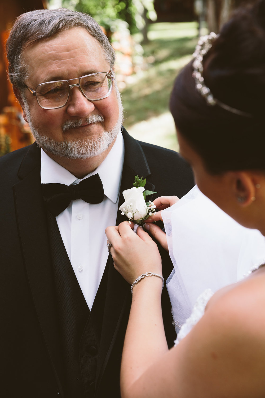 loudonville-ohio-wedding-photographers-landolls-mochican-castle_49.jpg