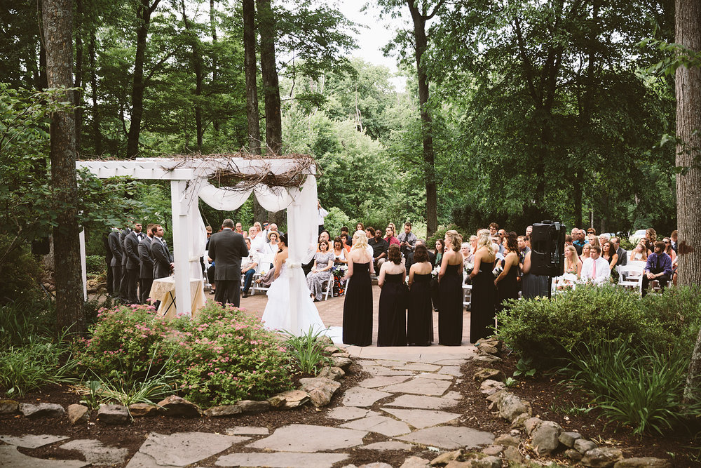 loudonville-ohio-wedding-photographers-landolls-mochican-castle_58.jpg