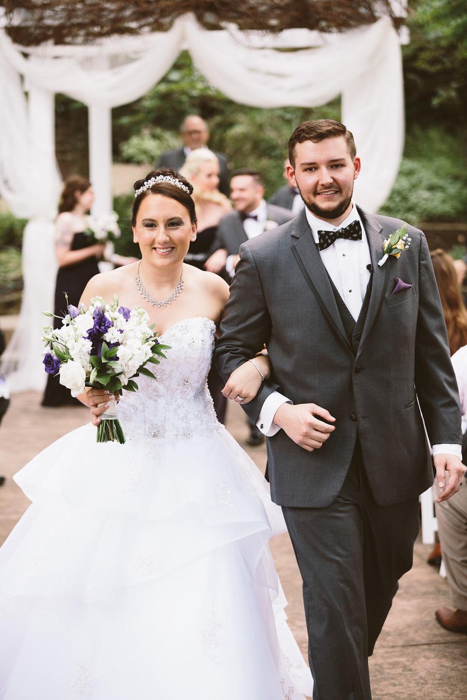 loudonville-ohio-wedding-photographers-landolls-mochican-castle_60.jpg