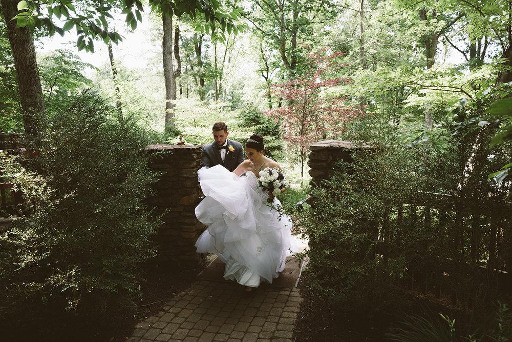 loudonville-ohio-wedding-photographers-landolls-mochican-castle_63.jpg
