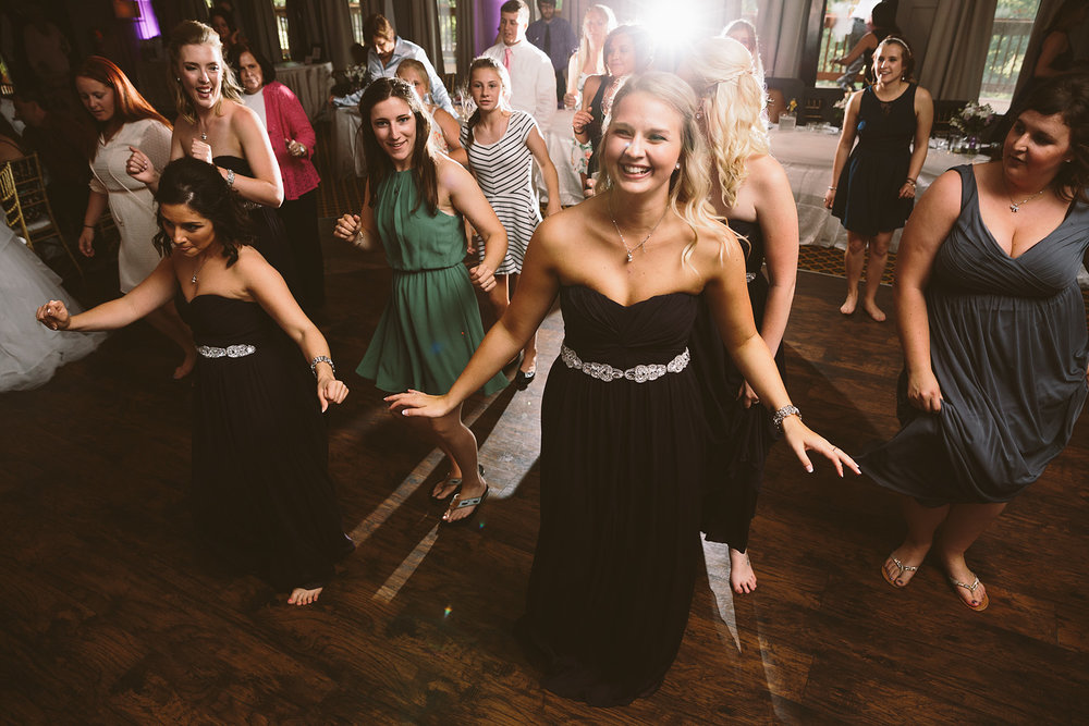 loudonville-ohio-wedding-photographers-landolls-mochican-castle_76.jpg