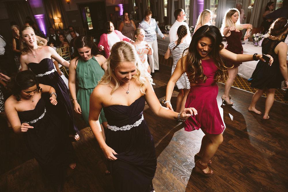 loudonville-ohio-wedding-photographers-landolls-mochican-castle_77.jpg
