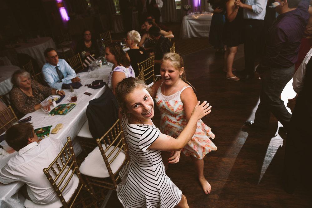 loudonville-ohio-wedding-photographers-landolls-mochican-castle_80.jpg