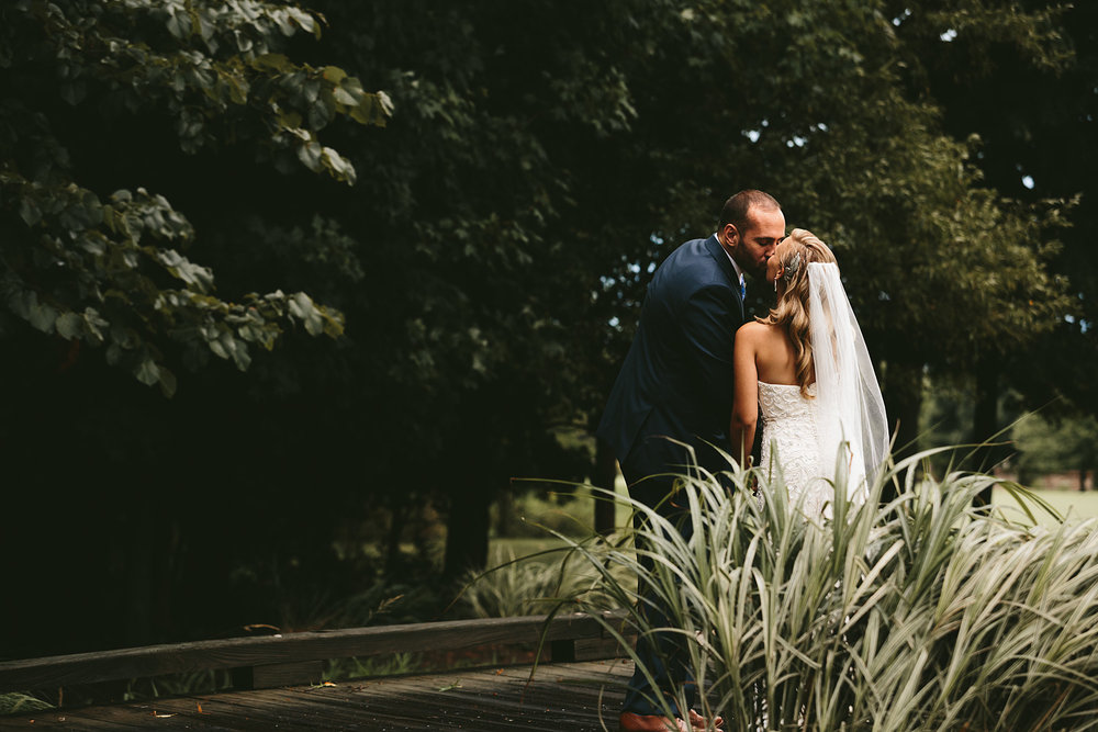 stonewater-golf-club-highland-heights-ohio-wedding-photographers_76.jpg