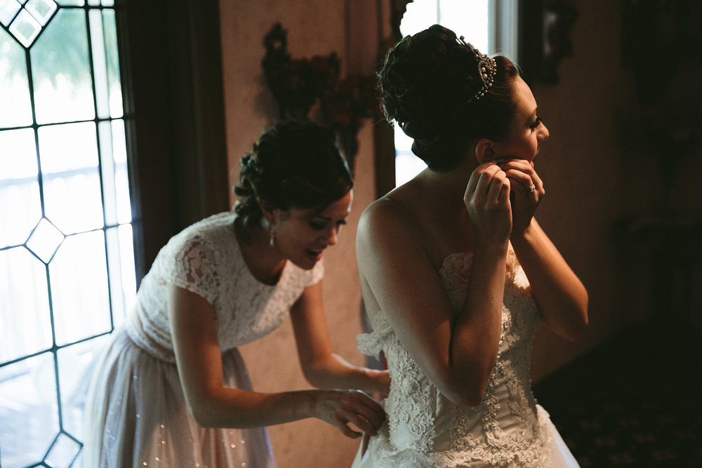 olmsted-falls-wedding-photographer-grand-pacific-junction_15.jpg