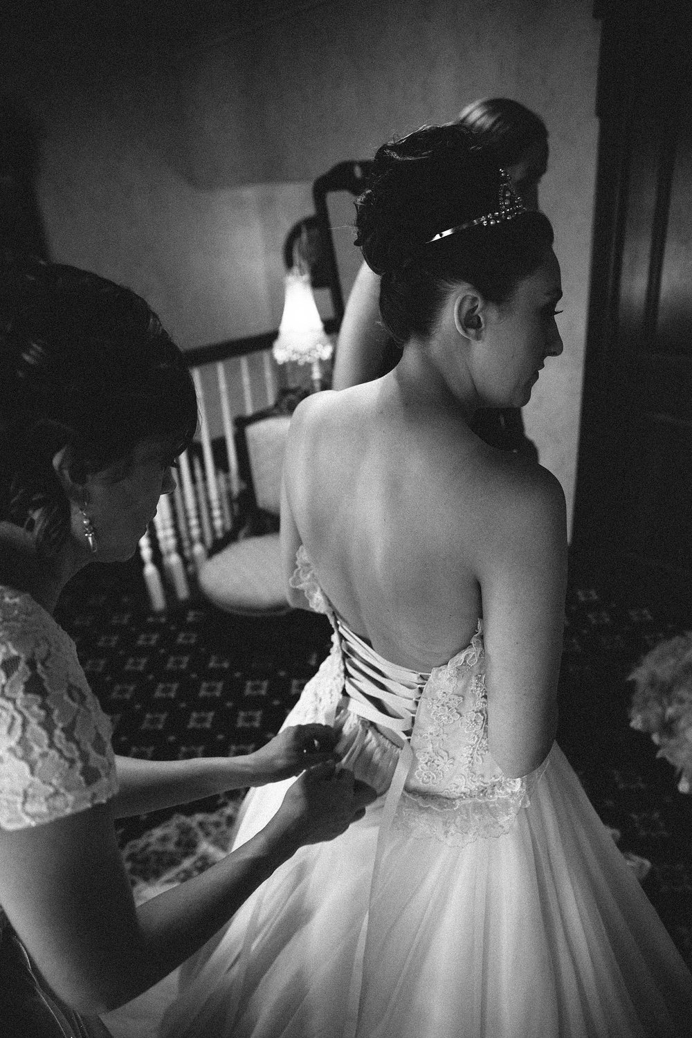olmsted-falls-wedding-photographer-grand-pacific-junction_14.jpg