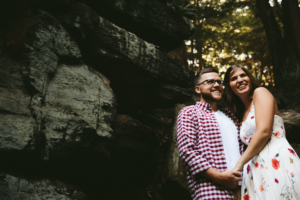peninsula-ohio-engagement-photography-cuyahoga-valley-national-park-ledges_4.jpg
