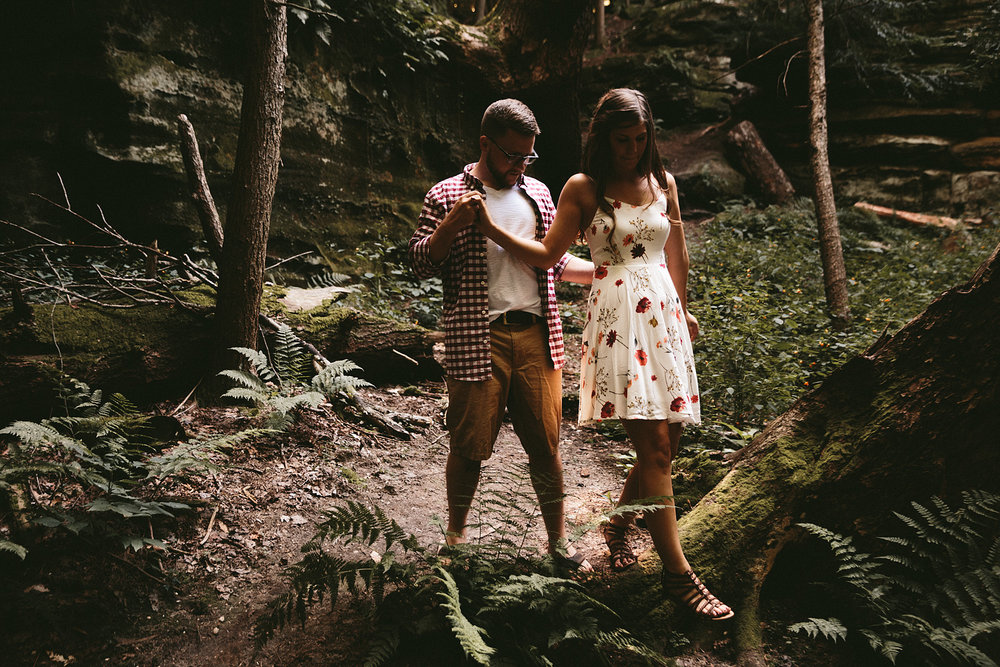 peninsula-ohio-engagement-photography-cuyahoga-valley-national-park-ledges_19.jpg
